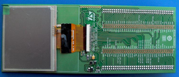 STEVAL-CCM002V1 TFT-LCD panel demonstration board based on